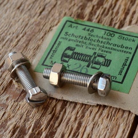 Schutzblechschraube M5 x 23mm, verchromt, Sechskant geschlitzt, orig. Altbestand