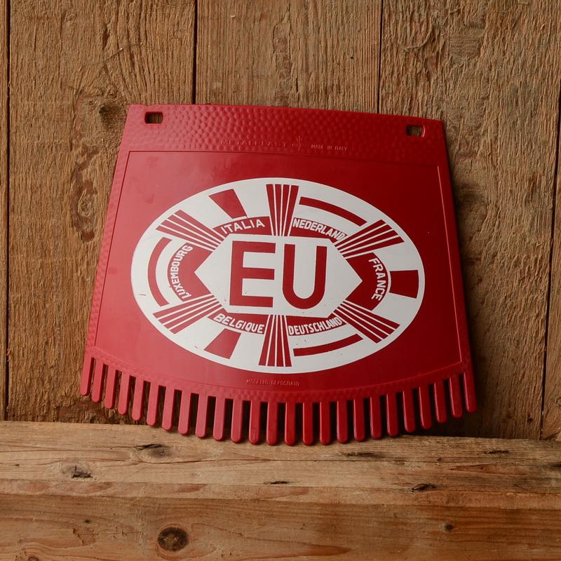 Schmutzfänger, rot-weiß, mit EU-Zeichen