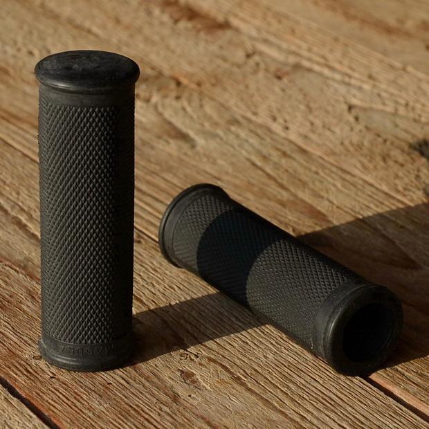 "Griffbezug Moped/Hilfsmotor, ""MAGURA"", schwarz, L=100mm, D=21.5mm, Festgriff für 22 mm Lenker,"