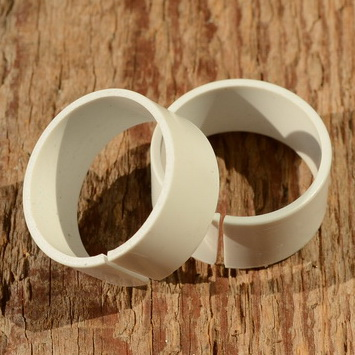 Kunststoff Unterlage, weiß, für Kettenleitrolle u. Gegenhalter