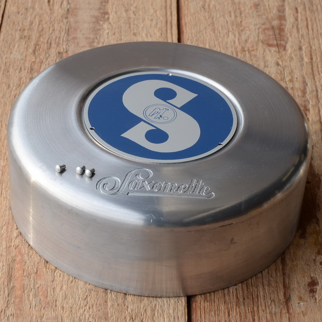 "Polradabdeckhaube ""SAXONETTE"",  passend für den 30er Jahre Nabenmotor, Aluminium, 140mm, incl. Sachs Emblem blau"