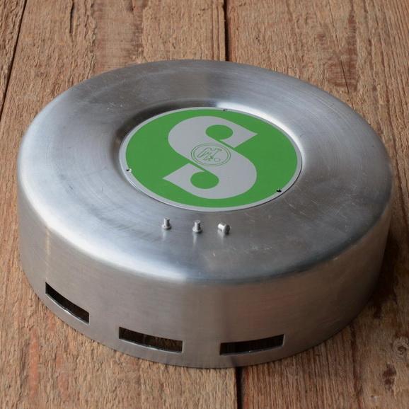 "Polradabdeckhaube ""SACHS 98ccm"", Aluminium, 145mm, incl. Sachs Emblem grün u. 3 Nieten"