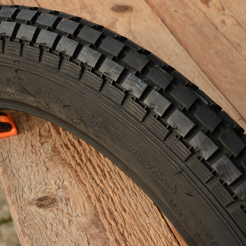 "Moped  Reifen 21 x 2,75 (2 3/4 - 17),  ""IMPORT"", schwarz"