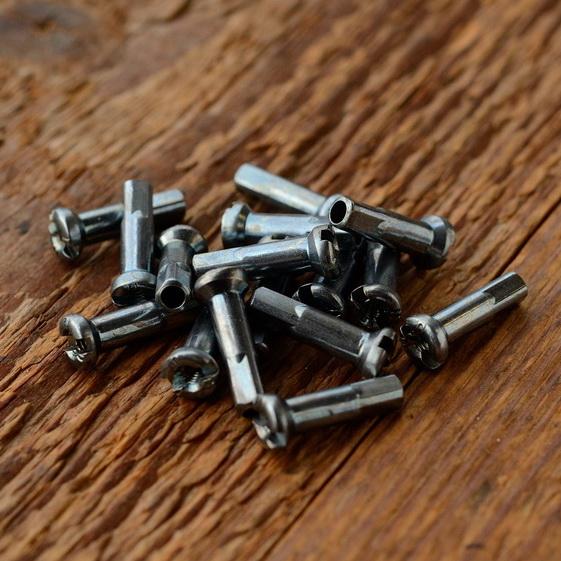 Speichennippel 2mm, D-Schaft=4.0mm, L=15mm, Messing eloxiert
