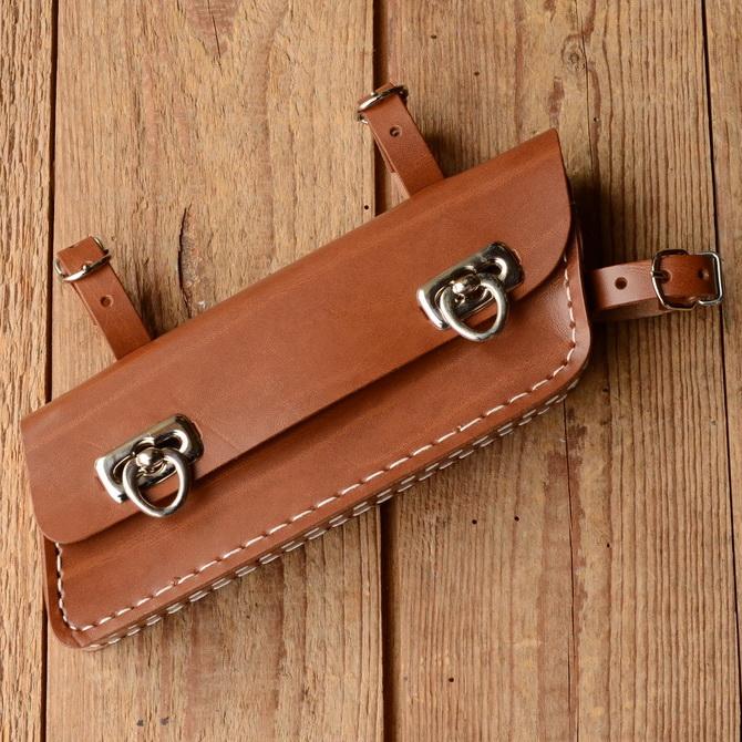 Werkzeugtasche, Lefa, braun, Trapezform, Beschläge vernickelt, passend für viele Herrenfahrradklassiker