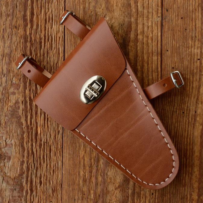 Werkzeugtasche, Lefa, braun, Beschläge vernickelt, passend für viele Herrenfahrradklassiker