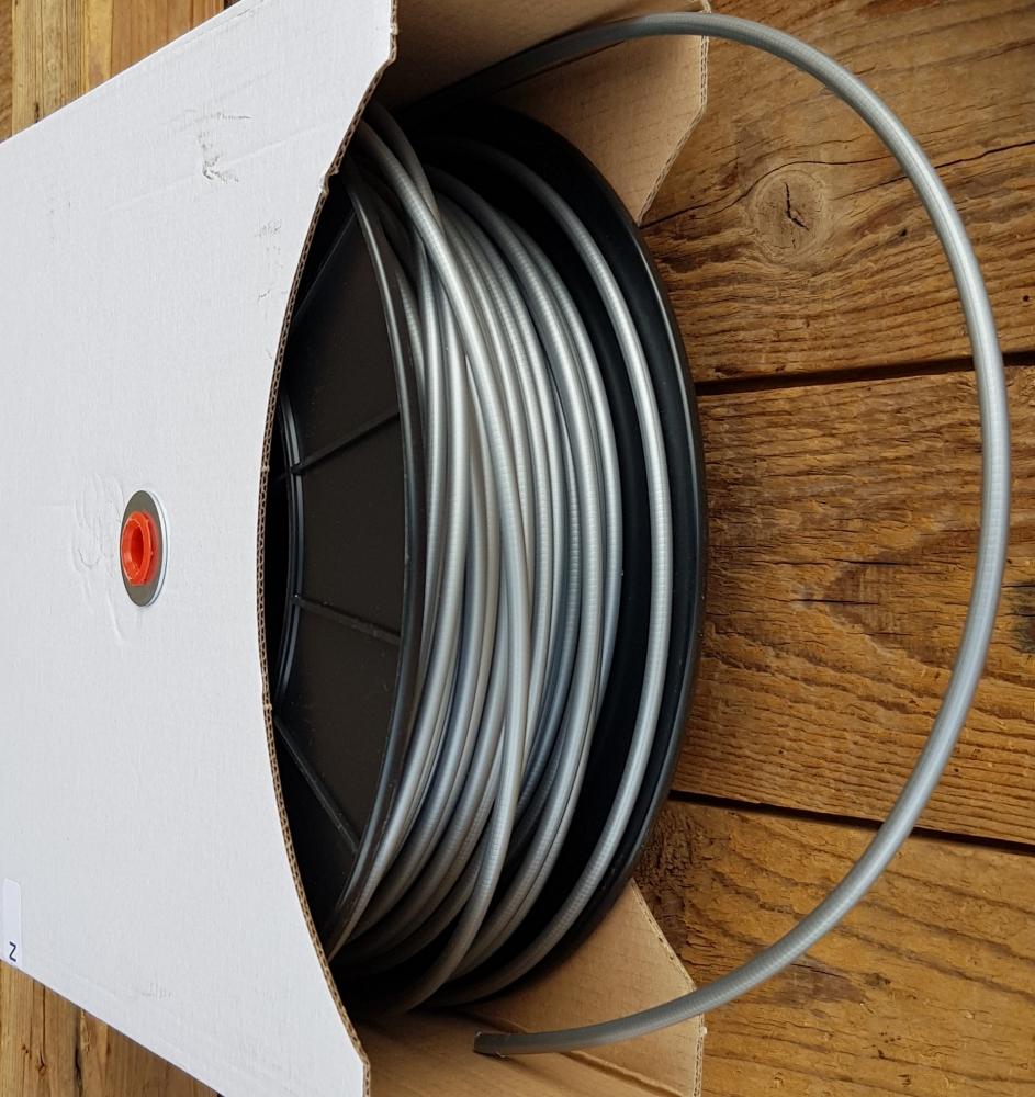 Bowdenzug Außenhülle, grau, Durchmesser außen 5.0mm, innen mit Leichtlaufhülle für 1,5 bis 2 mm Innenzug, Preis pro Meter