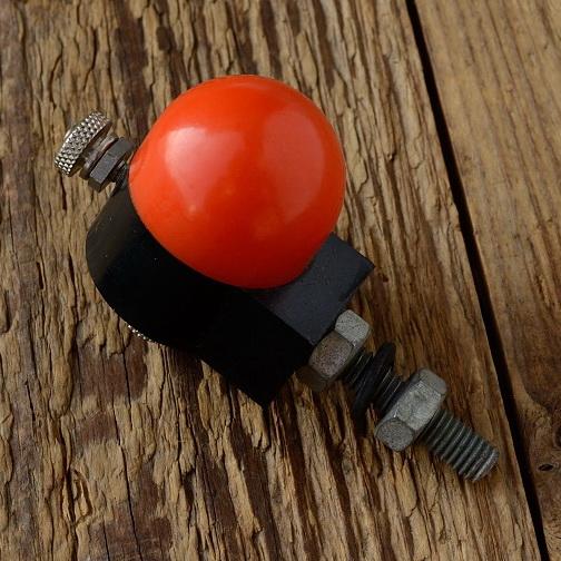 Rücklicht-Kontrollampe orig. Zubehörteil aus den 50er/60er Jahren, Befestigung am Lampenhalter