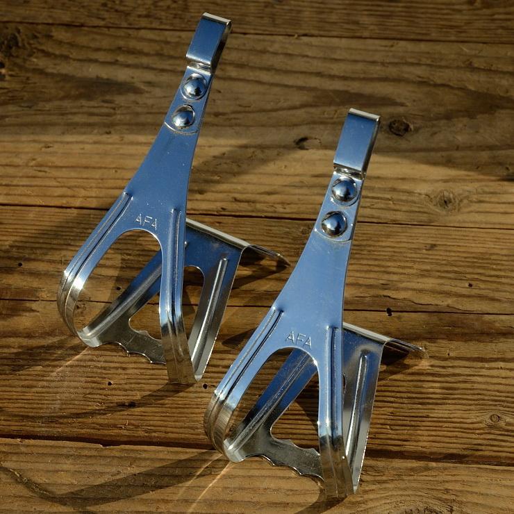 """Pedalhaken / Rennhaken """"AFA France"""", verchromt, Größe M, orig. NOS 50-70er J.,für alle klassischen Rennräder passend"""