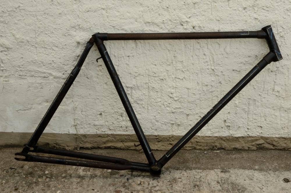 "Fahrradrahmen ""NSU"",  Herrenausf., 28 Zoll , RH=56cm, orig. 40er J., ohne Gabel,  ohne Tretlager"