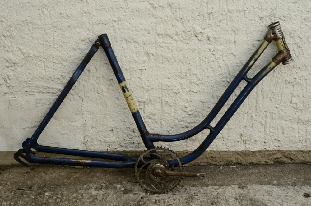"Fahrradrahmen ""RACIOND"",  Damenausf., 26 Zoll , RH=53cm, orig. 30er J., ohne Gabel,  incl. Tretlager"