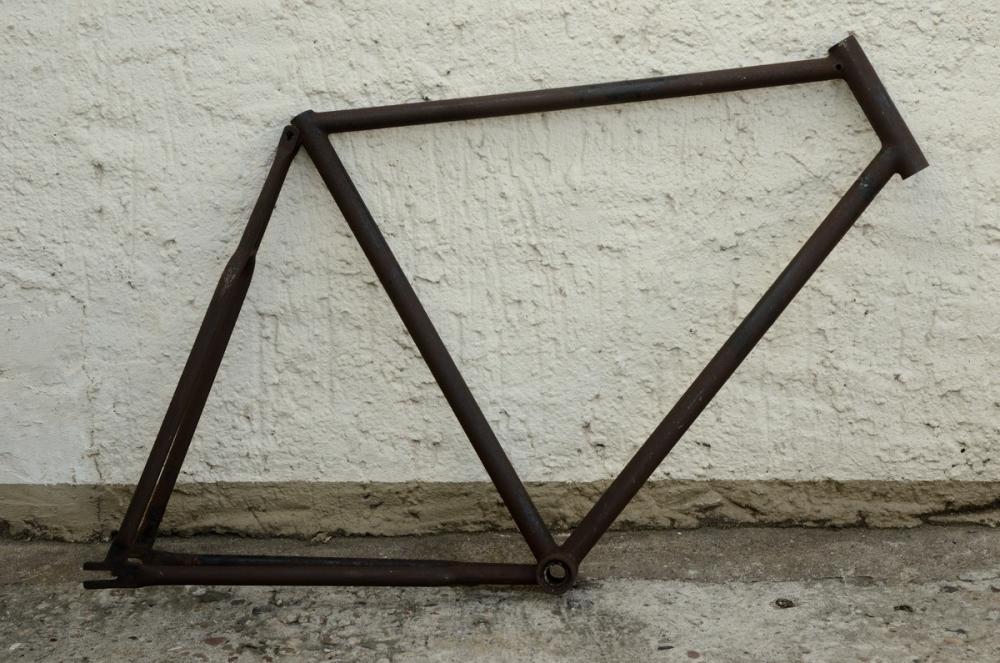 "Fahrradrahmen ""UNBEKANNT"",  Herrenausf., 28 Zoll , RH=60cm, orig. 10/20er J., ohne Gabel,  ohne Tretlager"