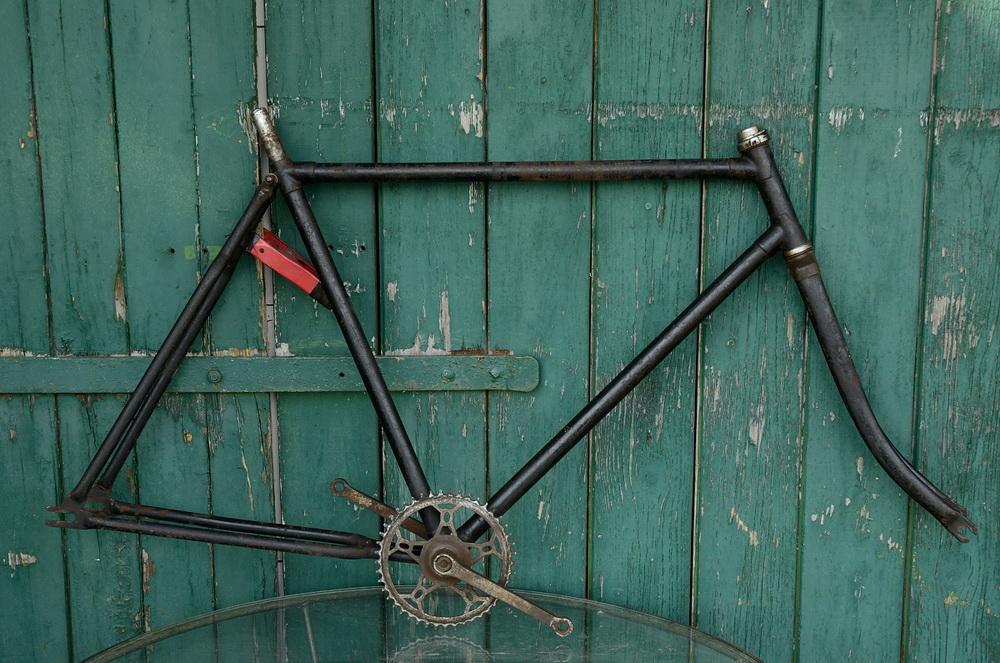 "Fahrradrahmen  ""OPEL"",  Herrenausf., schwarz, 26 Zoll Ballonausf.,  RH=57cm, 30er J., incl. Gabel u. Tretlager"