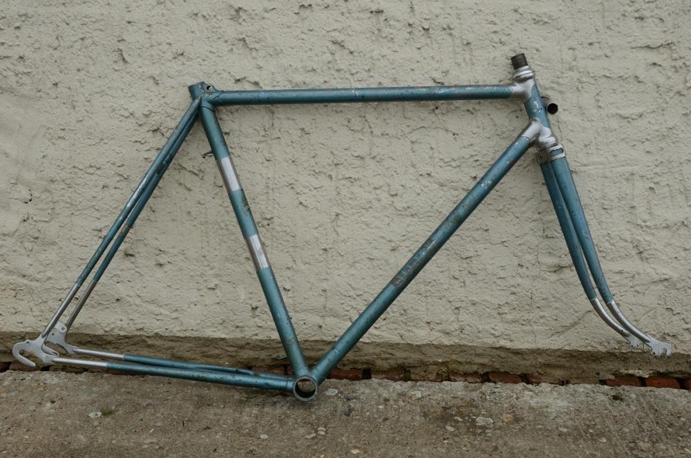 "Rennradrahmen   ""BIANCHI"",  Stahl gemufft, blau, 28 Zoll,  RH=56cm, 50 er J., incl. Gabel ohne Tretlager"