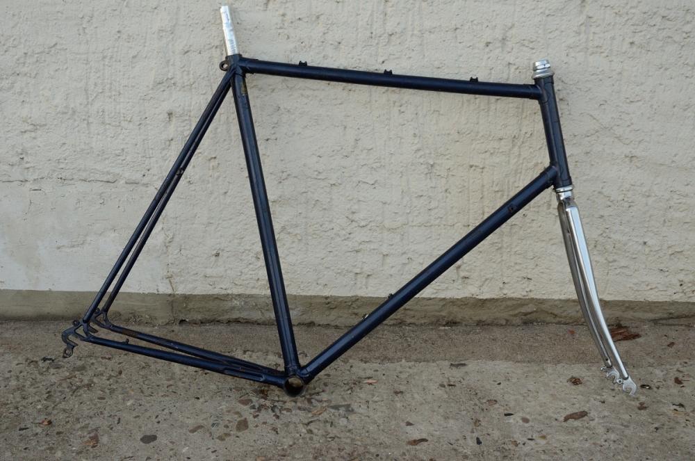 Fahrradrahmen, Rennrahmen, handgelötetes Einzelstück, blau/chrom , 28 Zoll,  RH=63cm, 70/80er J., incl. Gabel Chrom