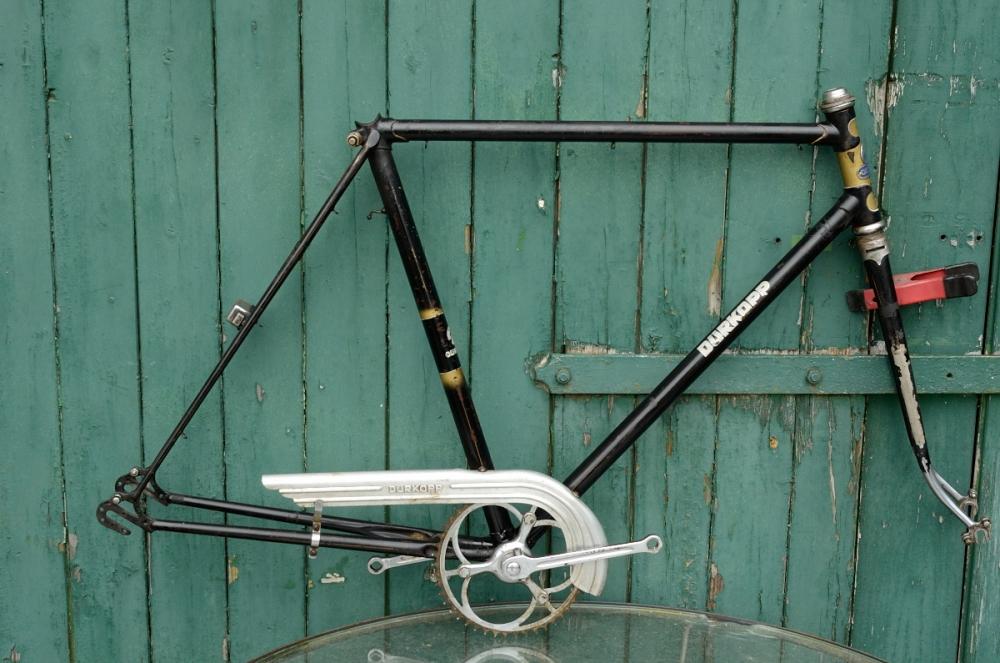 "Fahrradrahmen  ""DÜRKOPP"",  Herrenausf., Sport, schwarz , 26 Zoll,  RH=56cm, 50er J., incl. Gabel u. Tretlager"