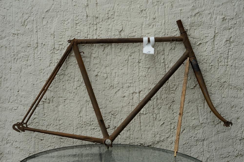 "Fahrradrahmen ""UNBEKANNT"", Herrenausf. Sport, 28 Zoll , RH=56cm, orig. 50 er J., incl. Gabel,  ohne Tretlager"
