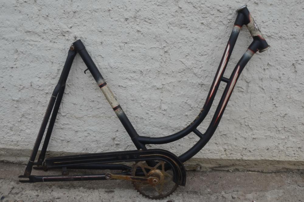 """Fahrradrahmen """"NSU"""" Damenausf. 28 Zoll, Stahl, schwarz, RH=55 cm, 60er Jahre"""