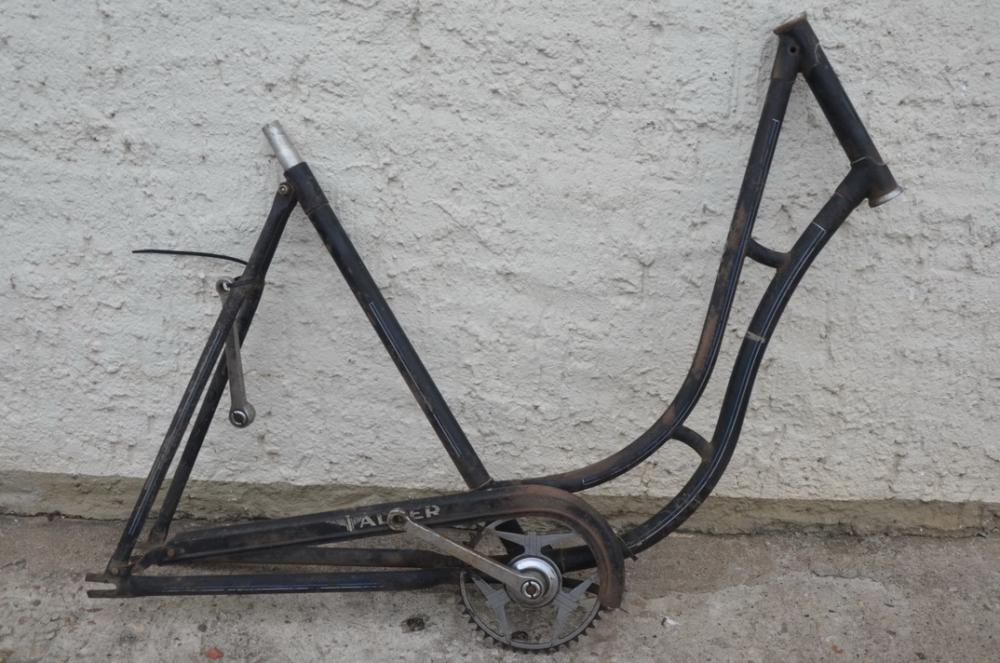 """Fahrradrahmen """"Adler"""" Damenausf. 28 Zoll, Stahl, schwarz, RH=55 cm, 30er Jahre"""