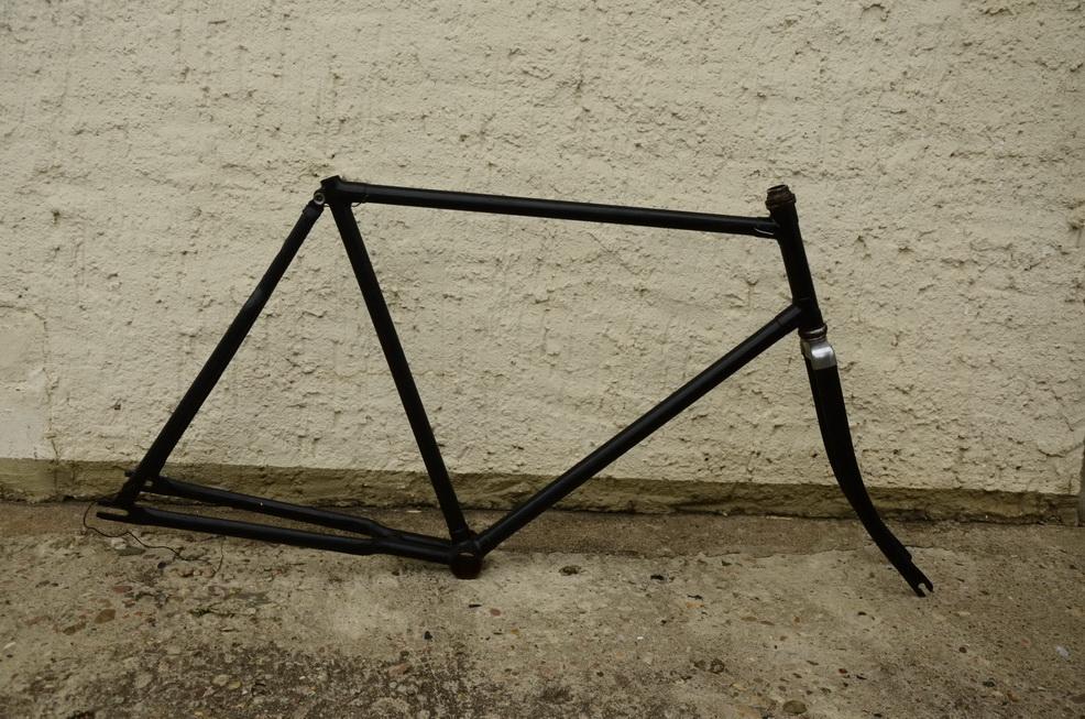 """Fahrradrahmen """"Ballonrad"""", 30er Jahre, zum restaurieren, 26 x 2,00, Rahmenhöhe = 58 cm"""