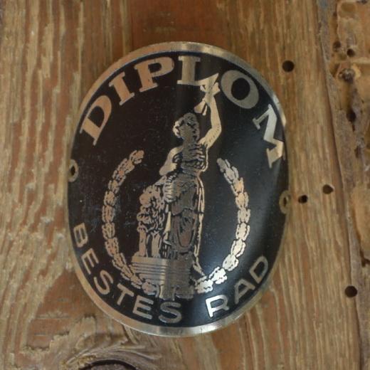 Steuerkopfschild DIPLOM, Originalschild aus Sammlungsbestand