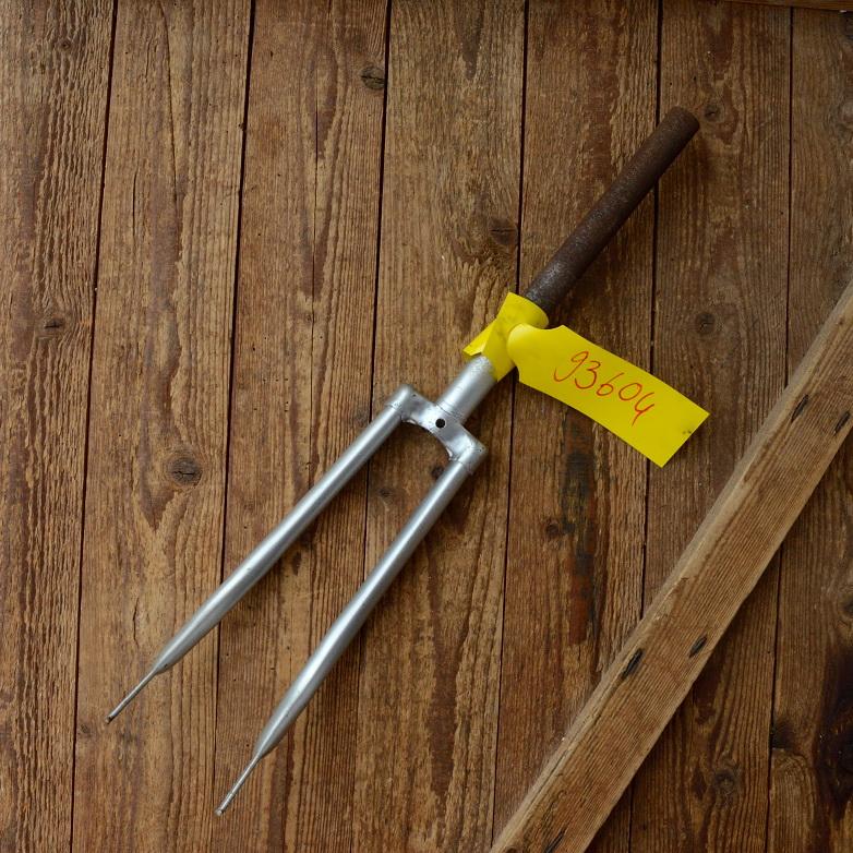 """Gabel 20"""" orig. 70er J. unrestauriert, Schaftlänge 281 mm, Scheidenlänge 285 mm, Weite oben 52 mm, Zustand siehe Bilder"""