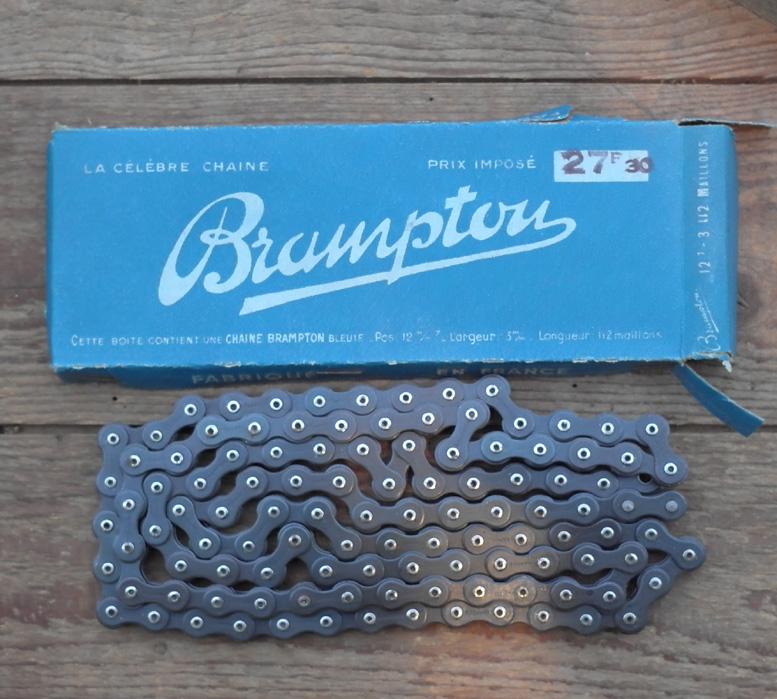 """Fahrradkette """" Brampton """" 1/2 x 1/8 Zoll, 112 Glieder, incl. Schloss, orig. 50er Jahre Altbestand"""