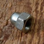 Hutmutter FG 9.5mm, verzinkt, für Hinterachse, Länge 17mm