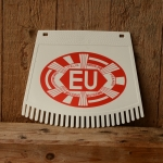 Schmutzfänger, weiß-rot, mit EU-Zeichen