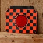 Schmutzfänger kariert, gross, rot-schwarz, mit Reflektor