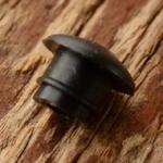 Kabeldurchführung schwarz, orig. Altbestand, f. Bohrung 5mm, Lochdurchmesser 2.8mm