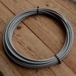 Bowdenzug Außenhülle, grau, Durchmesser außen  ca. 6,0mm, Durchmesser innen 3,4mm, 5 m Ring