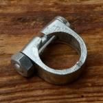 Schelle für 1 Zoll (25.4mm) Gabelschaft Aussenklemmung, verchromt, kräftige Ausf., M8, SW14, Höhe 15mm