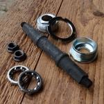 Tretlager / Innenlager mit Vierkant, passend f. Fahrräder mit BSA-Schraubgewinde, Standardausführung, Länge ges. 140mm