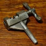 Kettenentnieter, klein u. handlich, für Bordwerkzeug