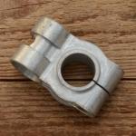 """Motorhalterung oben für """"REX Frontmotor"""", Alublock (stabile Ausführung, aus dem Vollen gefräst), für Lenkerschaft 22mm"""
