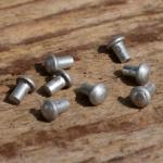 Aluminium- Niet, D=3.2/2.0mm L=3mm, ideal zur Befestigung von Emblemen
