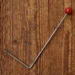 """Wimpelstange f. Schutzblechmontage, """"rote Holzkugel"""", glanzverzinkt, Höhe=20cm, incl. Wimpelösen, Altbestand"""