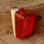Kunststoffrücklicht, weiß, orig. 70/80er Jahre, Schutzblechmontage