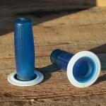 """Kunststoffgriff """"Längsrille"""", transparent-blau,  22mm, 60/70er Jahre, orig Altbestand"""