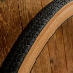 """Fahrrad Reifen, """"CONTINENTAL Extra Prima""""  C114, 26 x 1.75 x 2 (47-559), schwarz m. brauner Flanke, kleiner orig. Altbestand."""