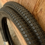"Moped Reifen, 1 Satz,  23 x 2.00 (2-19) Continental ""Datum 8/63"", schwarz"