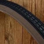 Fahrrad Reifen 28 x 1 1/2, (40-635), schwarz mit brauner Flanke, klassisches Profil