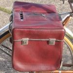 Packtaschen für Fahrrad, rot-braun, orig. Altbestand