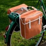 Packtaschen für Fahrrad, braun (weiss eingefasst) ,orig Altbestand