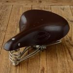 """Sattel """"LEPPER 3-Feder"""",  rotbraune Lederdecke, Untergestell vernickelt, B=200/L=275mm"""