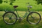 """Damenfahrrad, """"NSU"""", 50er Jahre, grün, Strahlenkopf silber-orange RH: 55 cm, 26 Zoll, unrestaurierter Originalzustand"""