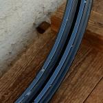 """Felgen Satz Draht 28"""" x 1,75 (622)  Stahl schwarz, Linierung blau weiss, 36/36 Loch, 36mm breit, Nippelbohrung 4,5mm"""