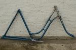 "Fahrradrahmen  ""DÜRKOPP"",  Damenausf., blau, 28 Zoll,  RH=56cm, 50er J., incl. Gabel u. Schutzblechen"