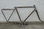 "Fahrradrahmen  ""BAUER SUPERFLIEGER"",  Sport Herrenausf., silber, Dekor blau, 28 Zoll,  RH=56cm, 30/50er J., incl. Tretlager etc."
